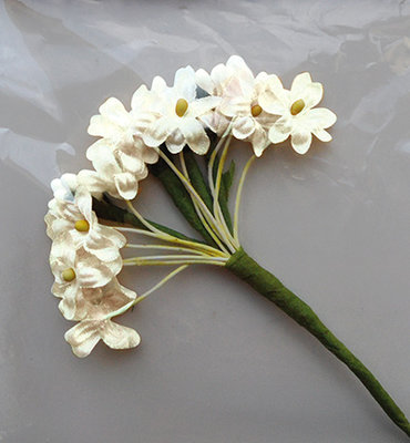 Silk Flowers - Off White -Marianne design ju0920